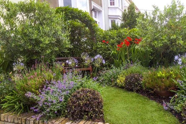 small-garden-design-1-11