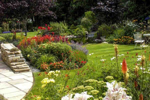 small-garden-design-1